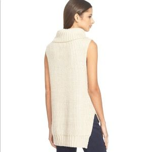 NWT Astr High/Low Turtleneck Sweater Tank XS